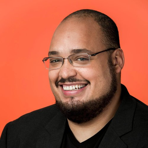 Michael Seibel Michael Seibel is CEO and Partner at Y Combinator, a startup accelerator which has invested in industry-defining companies such as Dropbox, Airbnb, Stripe, Reddit, and Twitch.tv. Previously, he was a co-founder and CEO of Justin.tv and Socialcam. Justin.tv would later be known as Twitch Interactive and sold to Amazon for $970M. Socialcam sold to Autodesk Inc. for $60M.