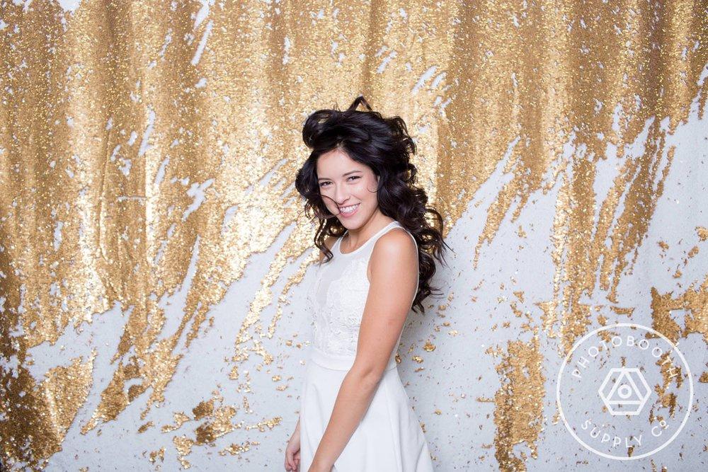 socialife-white-gold-reversible-sequin-backdrop-2.JPG