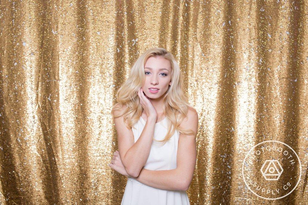 socialife-white-gold-reversible-sequin-backdrop-3.JPG