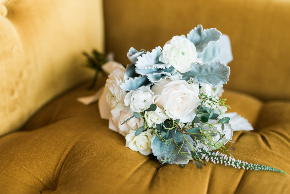 love the color scheme of the entire wedding with greens and warm hues.