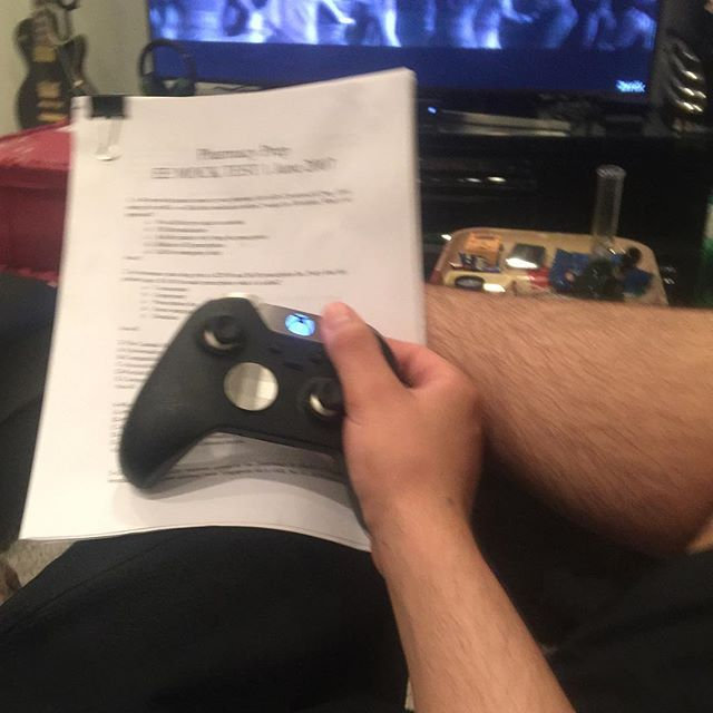 Uhh yeah #babe I'm totally #studying right now ... #work #exams #whatsthatontheright #grind #paper #xbox #controller #xboxone #hand #leg #hair #sexy