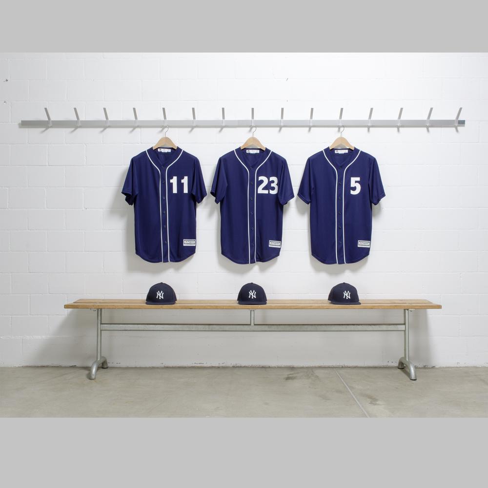 UBS_BaseballShirts_RGB_roh.jpg