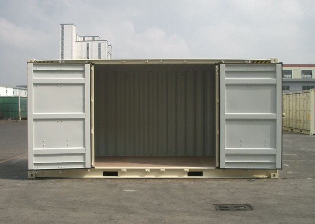 20ft HC Side Opening Two Middle Side Doors Open.jpg