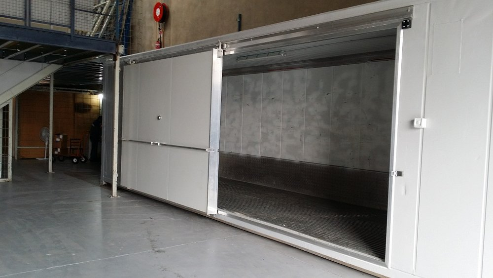40ft Reefer with 3m Side Sliding Door.jpg
