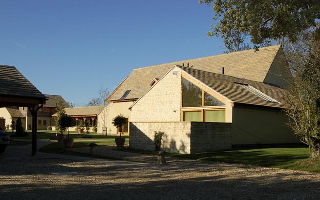 Hospitality : Oaksey Park Holiday Village Master Plan