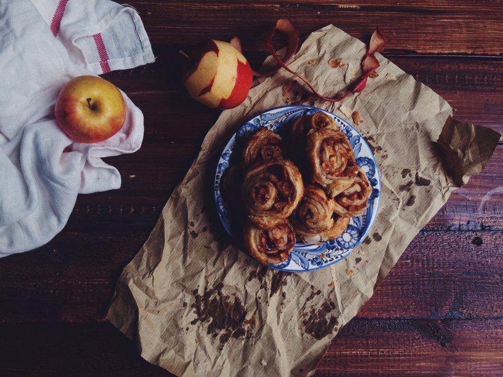 NLCafe |A tökéletes őszi tízórai: almás-fahéjas tekercs