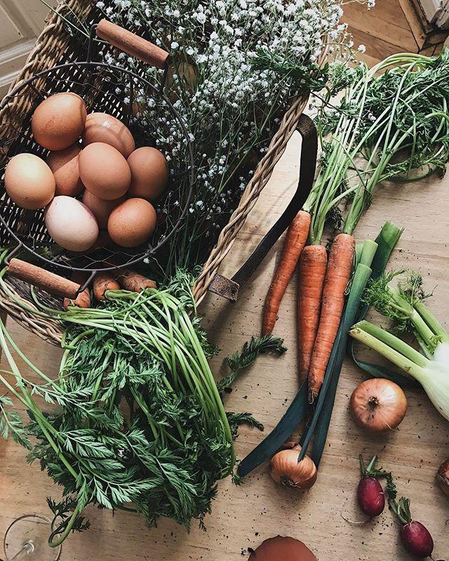 Mai nap..tavaszi szín, illat és forma kavalkàd😍 Két kedvenccel a képen: tojások és rezgő❤🌸🥚#LettietlaCuisne #spring #feeling #vegetables