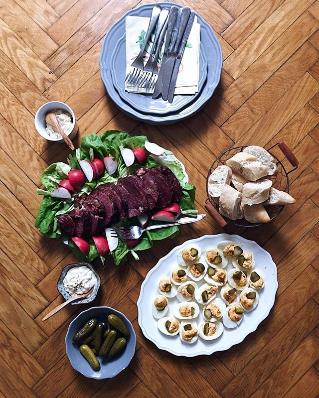 Húsvéti ebéd a kiscsaláddal 😊 #Lettietlacuisine #easter #lunch #with #family