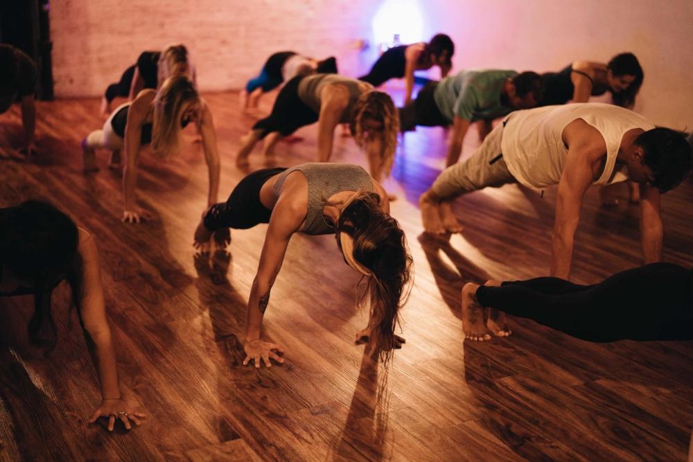 yoga_plank-min.jpg