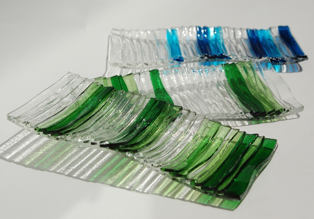 Sushi glass plates, detail