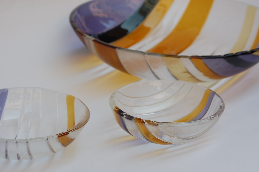 Small glass bowls, stripes collection