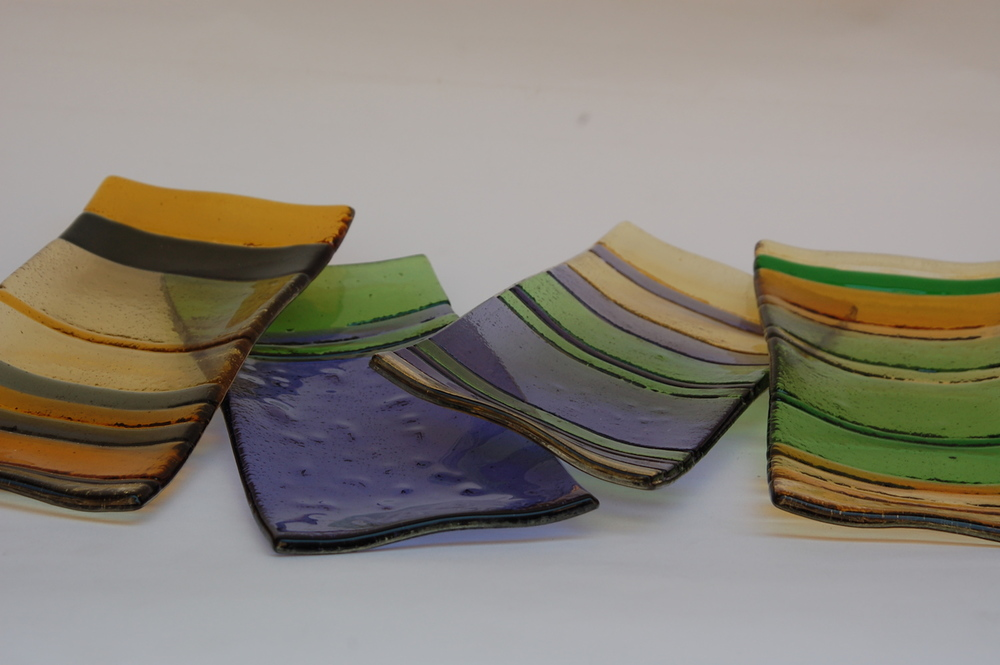 Sushi glass plates
