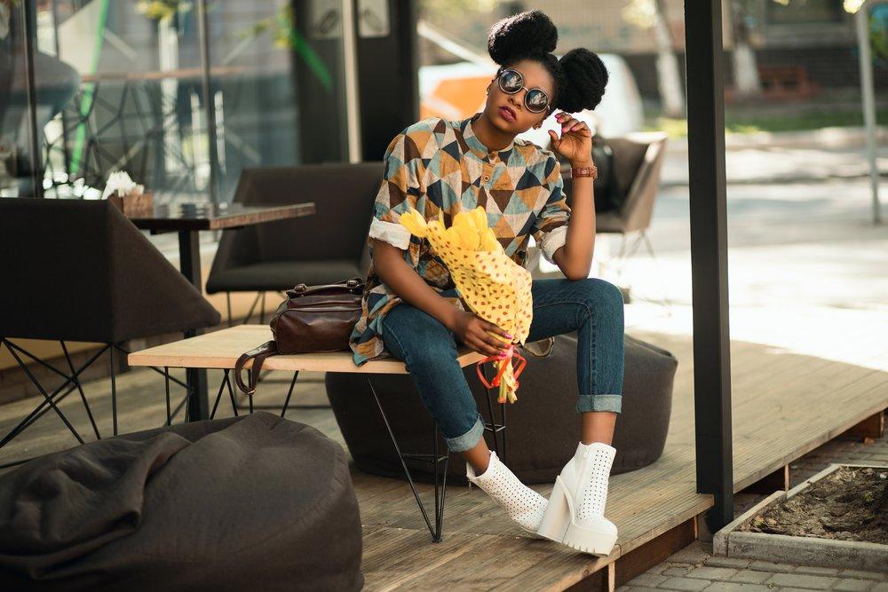 bag-business-cafe-949670.jpg
