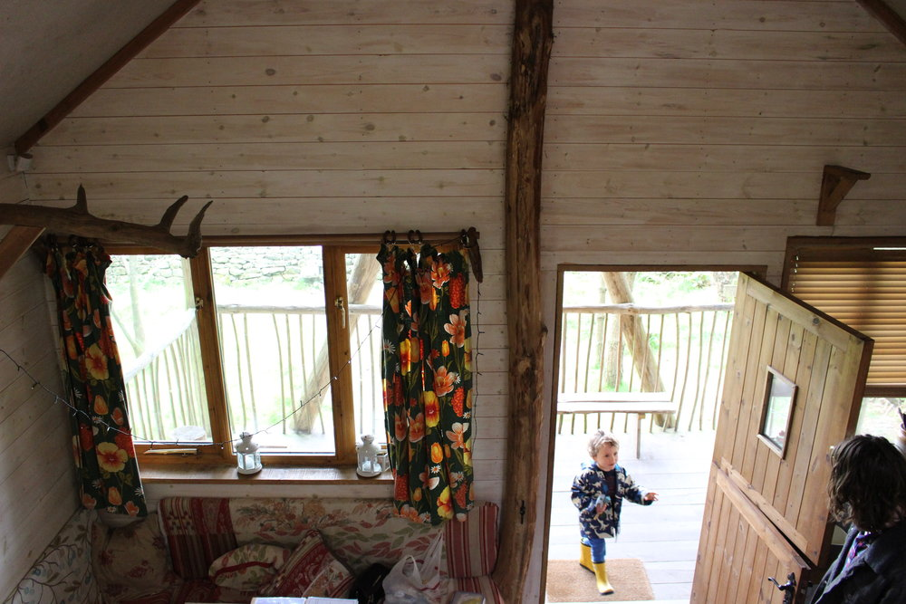 Yorkshire-Family-Travel-Children-Tree-Lodge