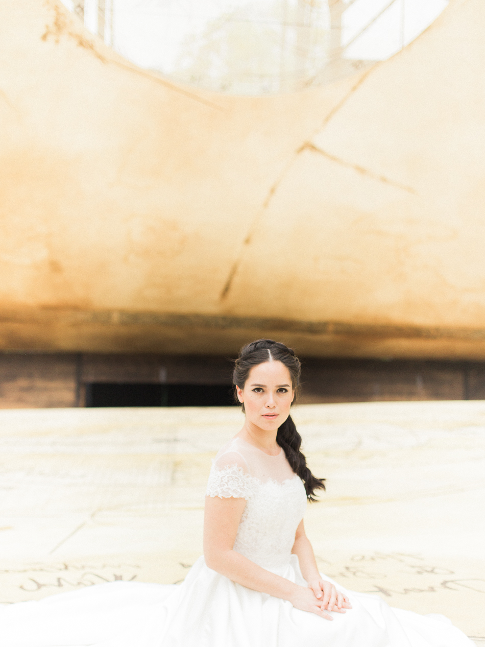 chen sands editorial bridal shoot shakespeare the wedding scoop singapor-8.jpg