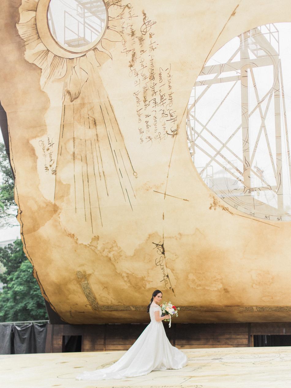 chen sands editorial bridal shoot shakespeare the wedding scoop singapor-10.jpg