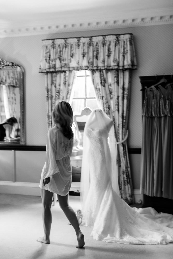 Chen Sands Kent Wedding Photographer Sprivers Mansion-2.jpg