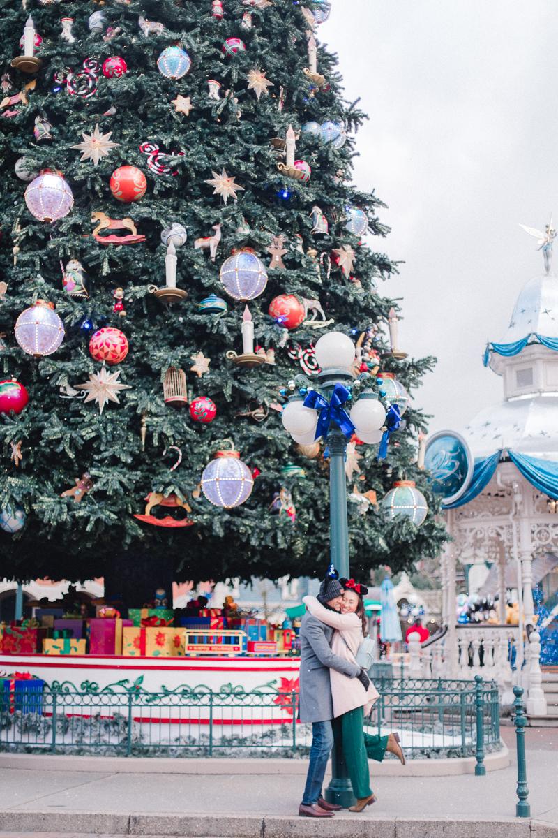 Chen Sands Paris Photographer Disneyland in Winter Engagement 3.jpg