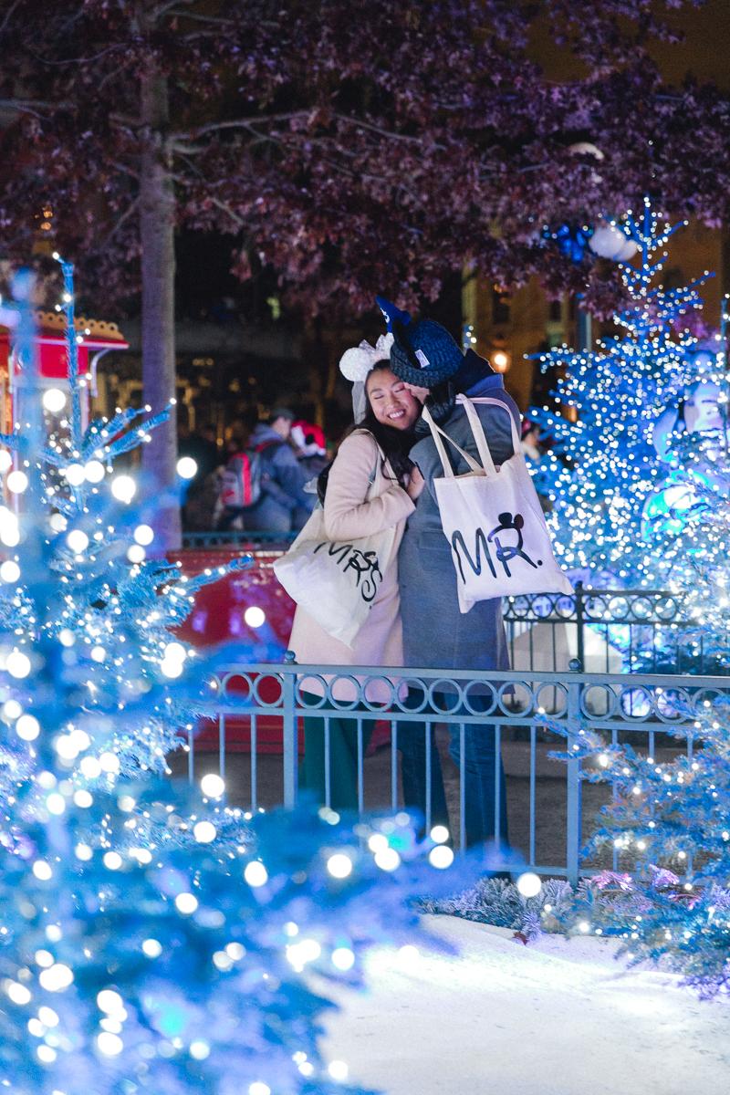 Chen Sands Paris Photographer Disneyland in Winter Engagement 27.jpg