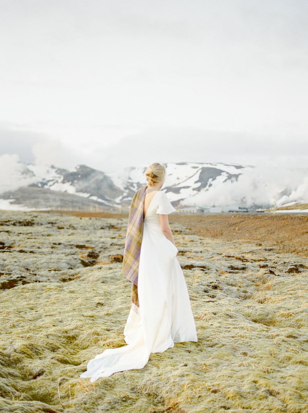 chen sands film photographer iceland bridal-6.jpg