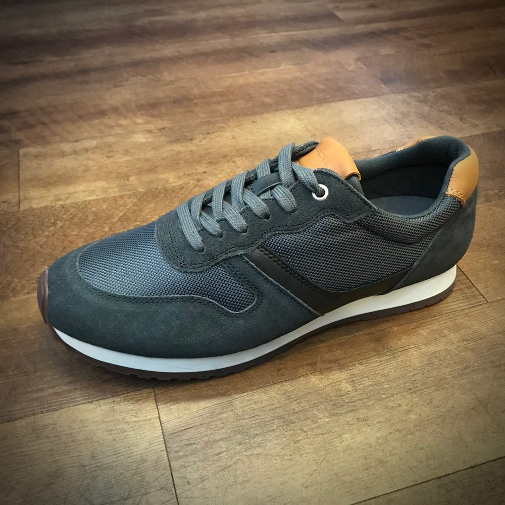 Hackett Trainer - Grey £75