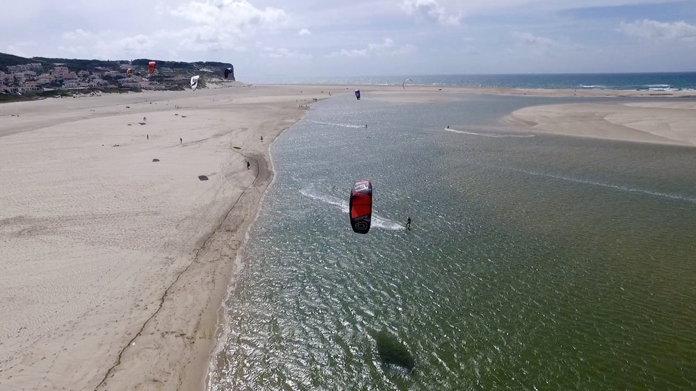 kitesurf spot portugal - obidos lagoon - Kitesurf school Portugal Kite Control.jpg