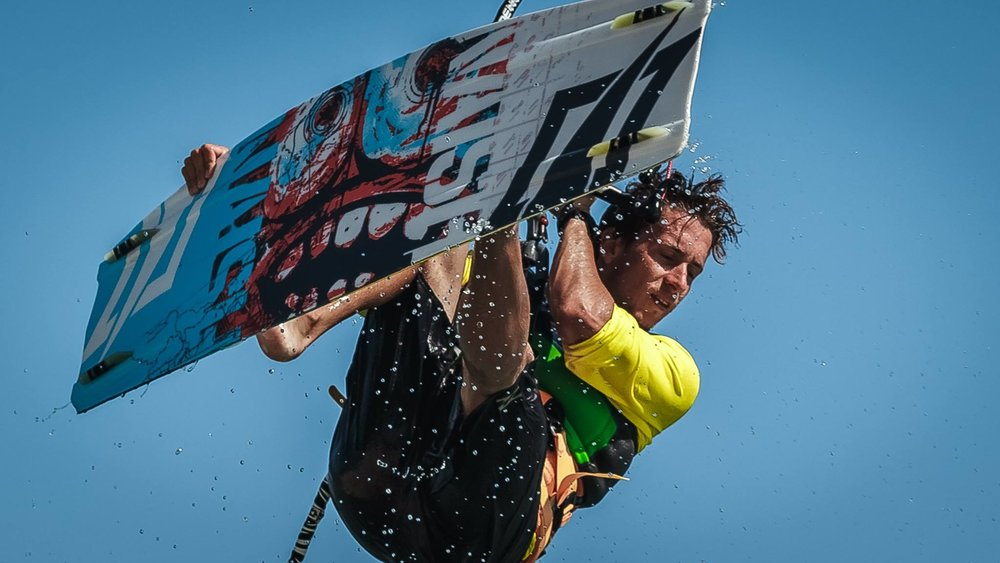 Kite Control Portugal | Kite Instructor Lewis deaves.jpg