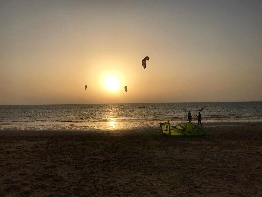 Kitesurf sunset | Kitesurf school Portugal.jpg