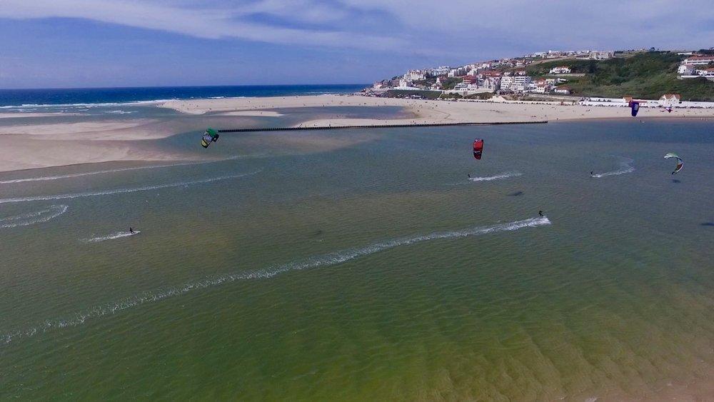 Kitesurfing Portugal - Kitesurfing lagoa de Obidos.jpg