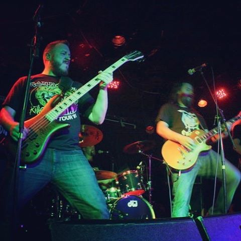 Taken at The Tote #spectorbass #melbournemusic #supermonkeyzero #heavyrock #gibsonlespaul #bassguitar