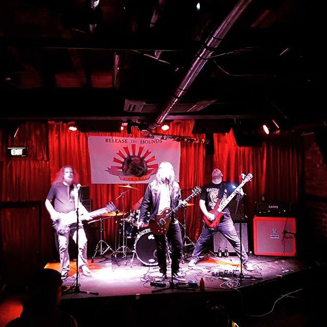 Some cool shots from last night's gig @cherrybarmelb 🤘😎🤘 #smz #supermonkeyzero #cherrybar #livemusic