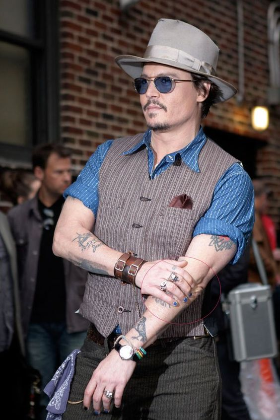Johnny Depp. Bad films. Good Nails