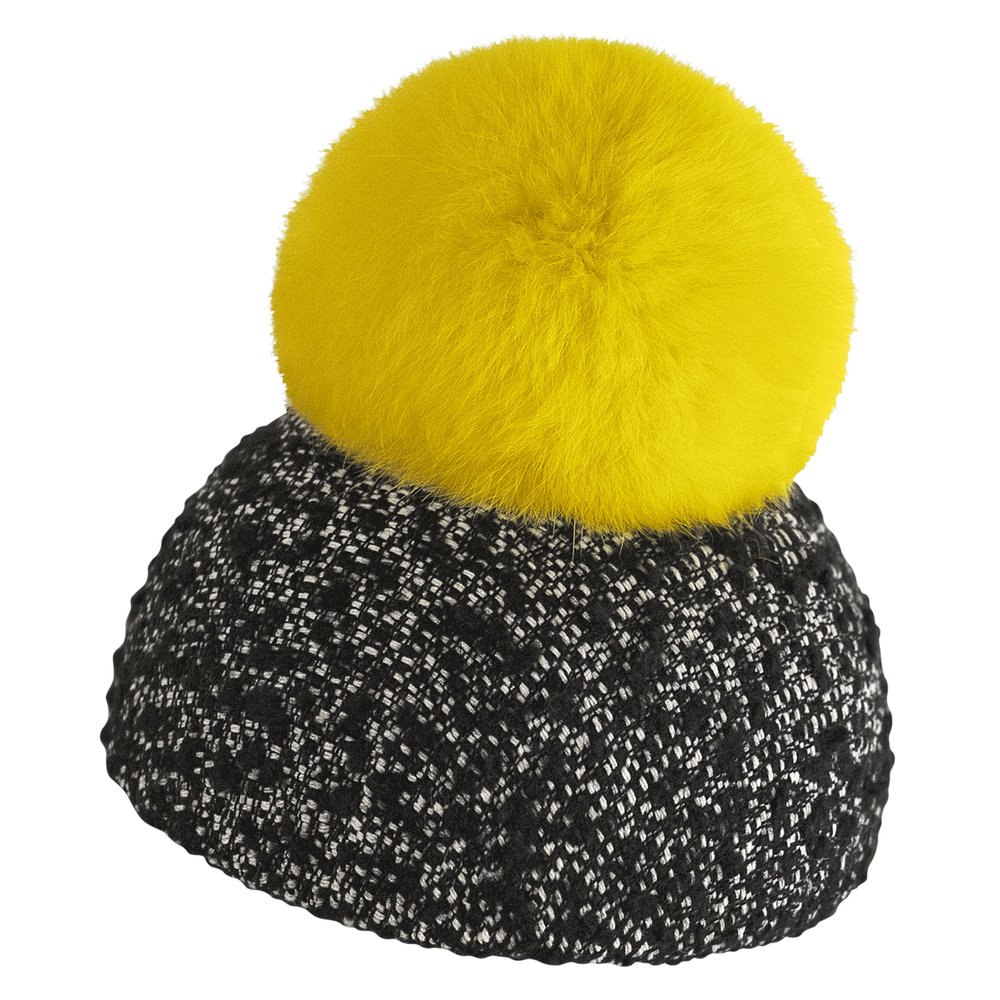 FT01_POMPON_MOON_HAT.jpg