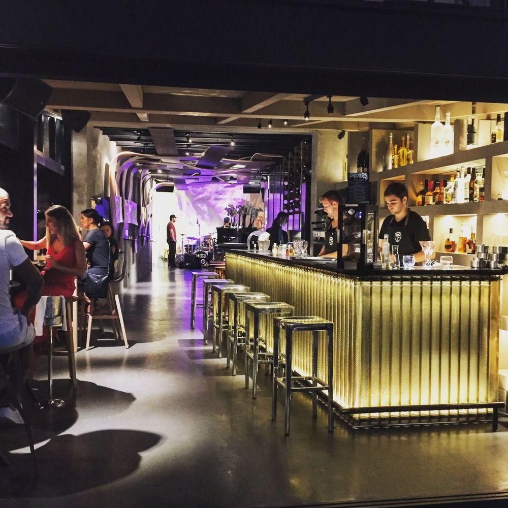 Da-passano-Bonifacio-le-bar-2.jpg
