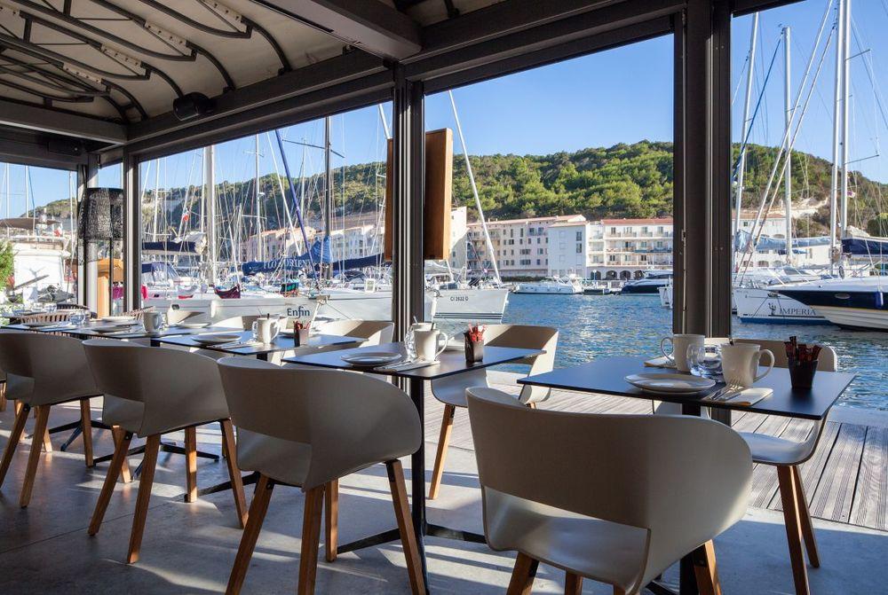 La terrasse restaurant da passano bonifacio for Restaurant bonifacio port