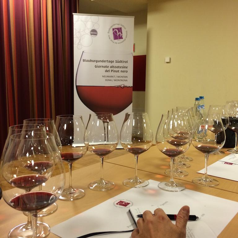 Una delle degustazioni verticali di Pinot Nero