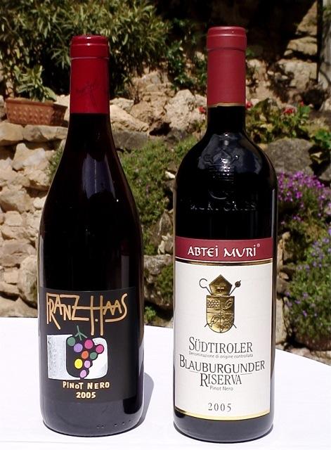 Le due bottiglie che si dividono il 1.o posto in classifica