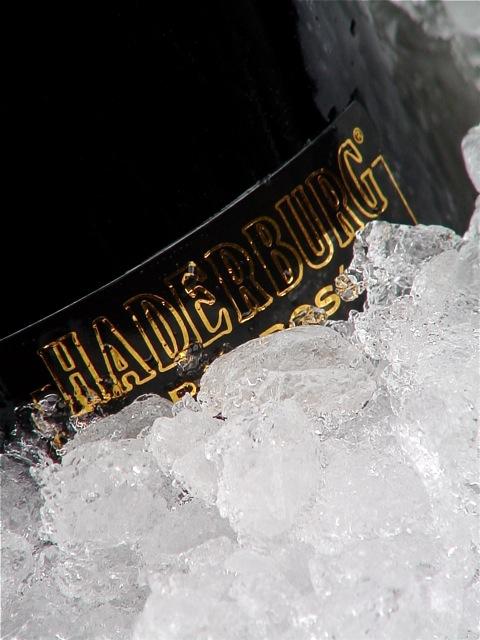 Lo spumante di Haderburg nel ghiaccio
