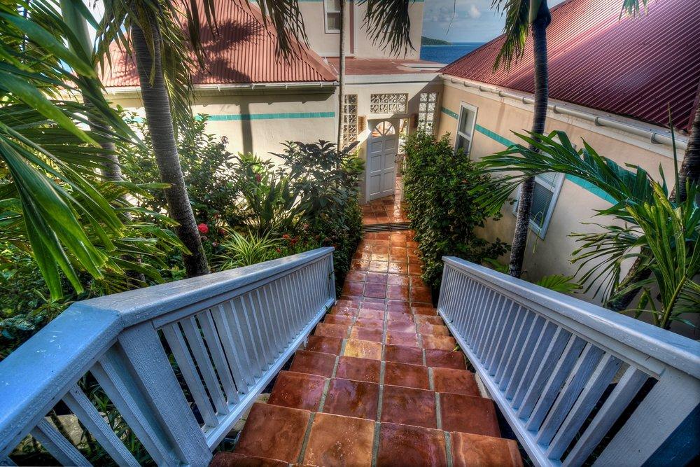 Entry to Villa Sorriso