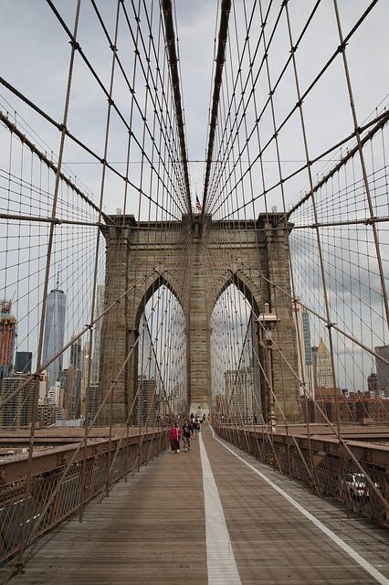 bridge-2905047_640.jpg