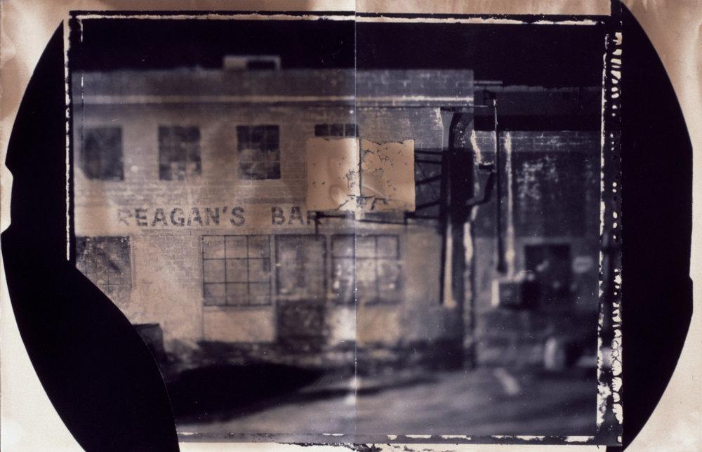 01.reagans bar.jpg