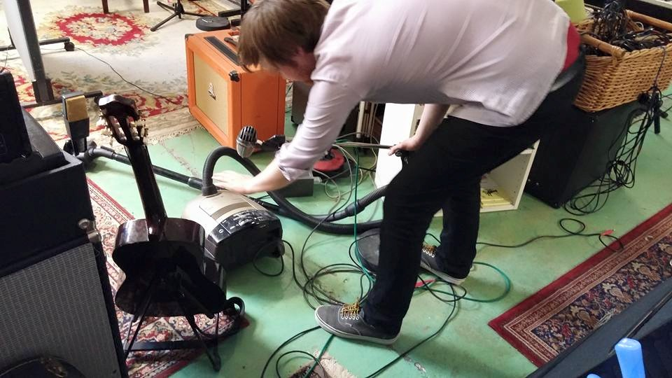 That's me recording a vacuum cleaner. One of my many strengths as a recording engineer.