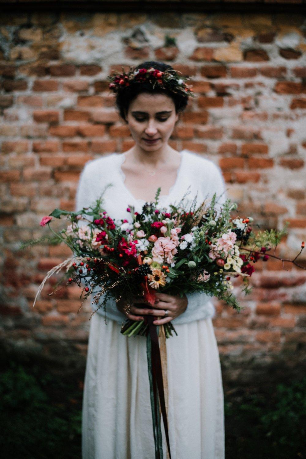 svatební kytice loukykvět