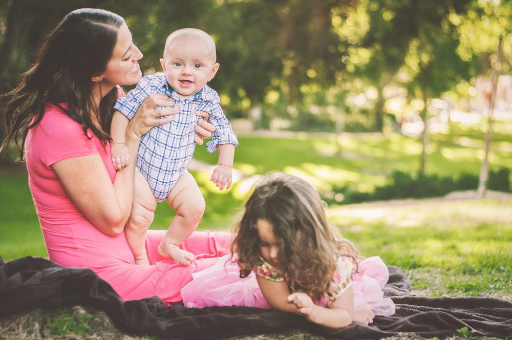 BLOGGER MOMMY AND CHILDREN IN WHITTIER-23.JPG