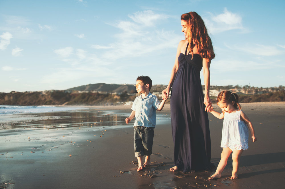 little boy and little girl with mom in laguna beach photographed by velvet viola photography