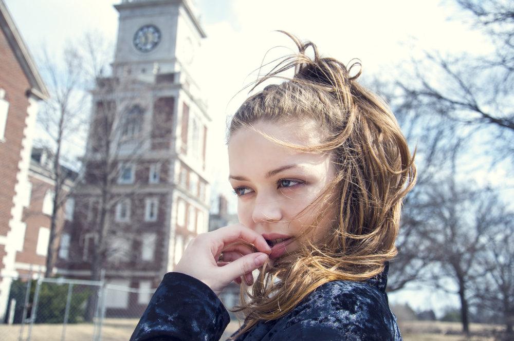 high school senior urban photoshoot