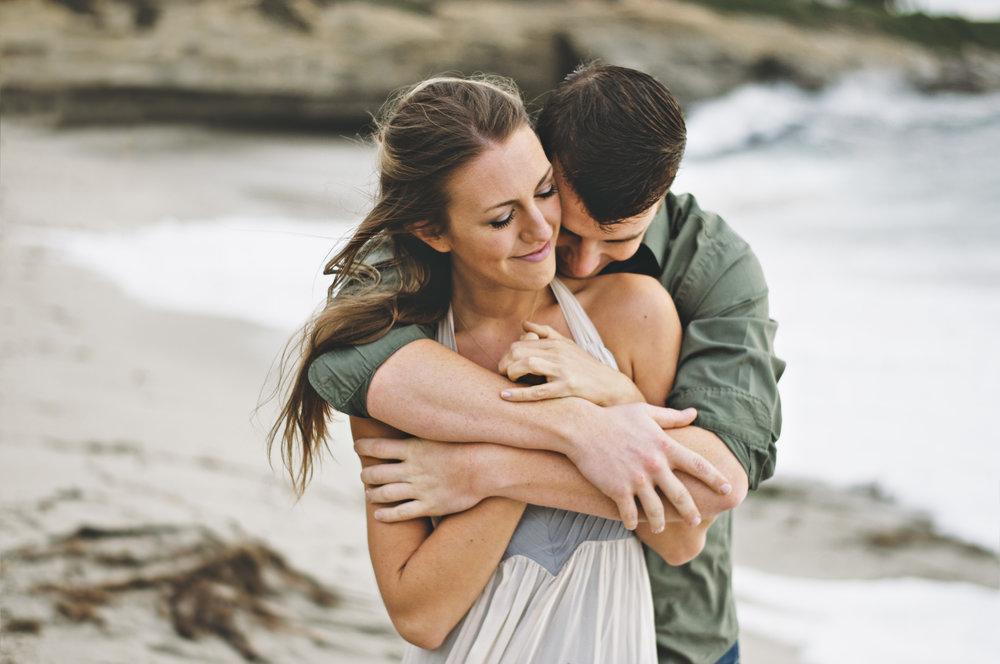 Engagement Elopement Couple Photoshoot in La Jolla San Diego