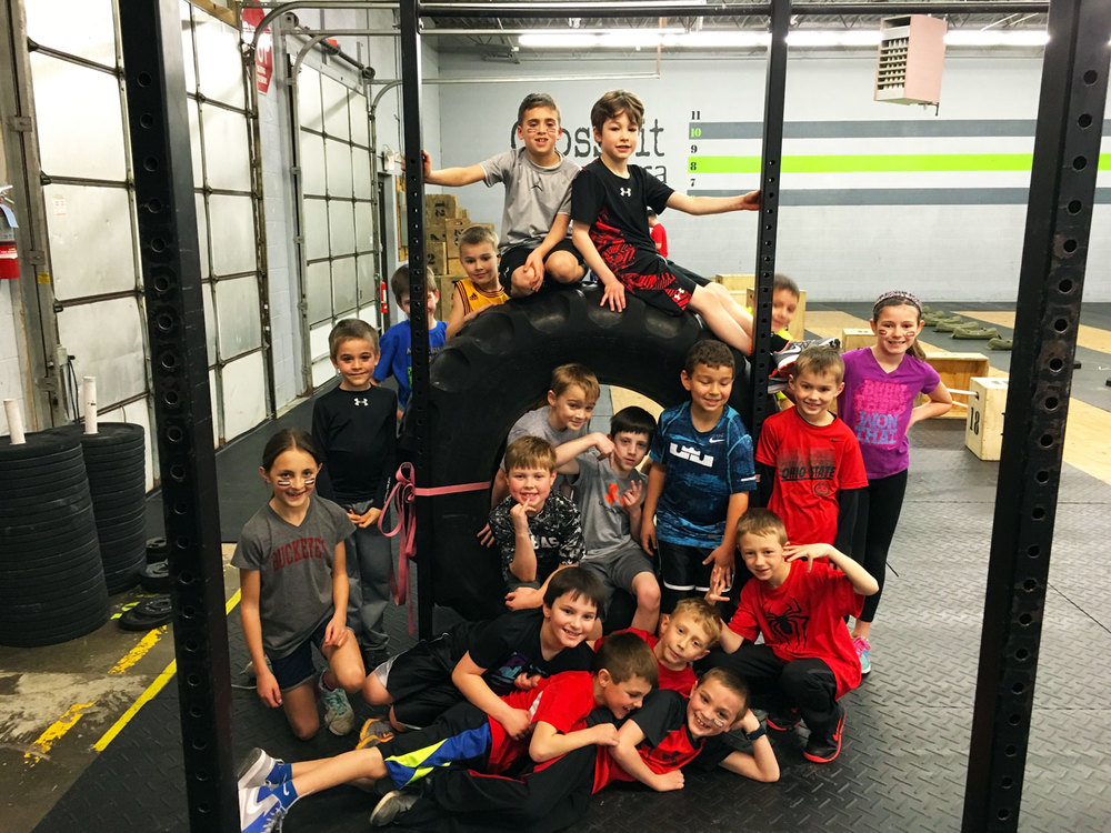 CrossFit-Mantra_CrossFit-Kids_Group.jpg