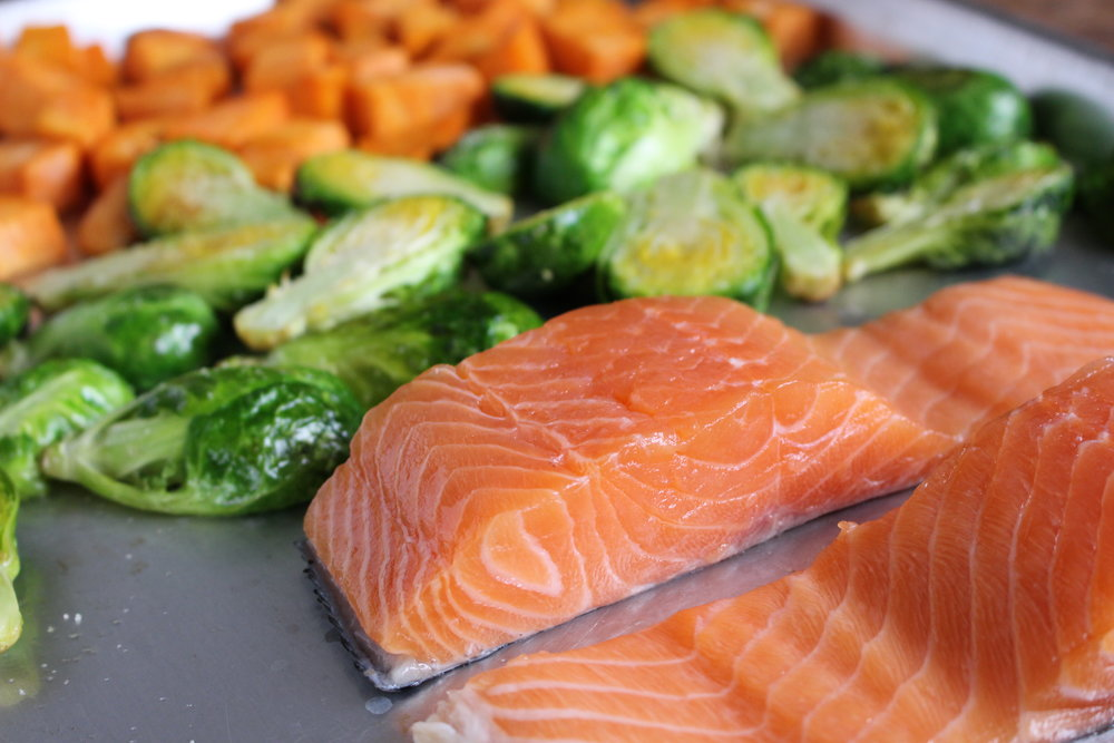 One Pan Dinner: Salmon, Brussels Sprouts & Sweet Potatoes