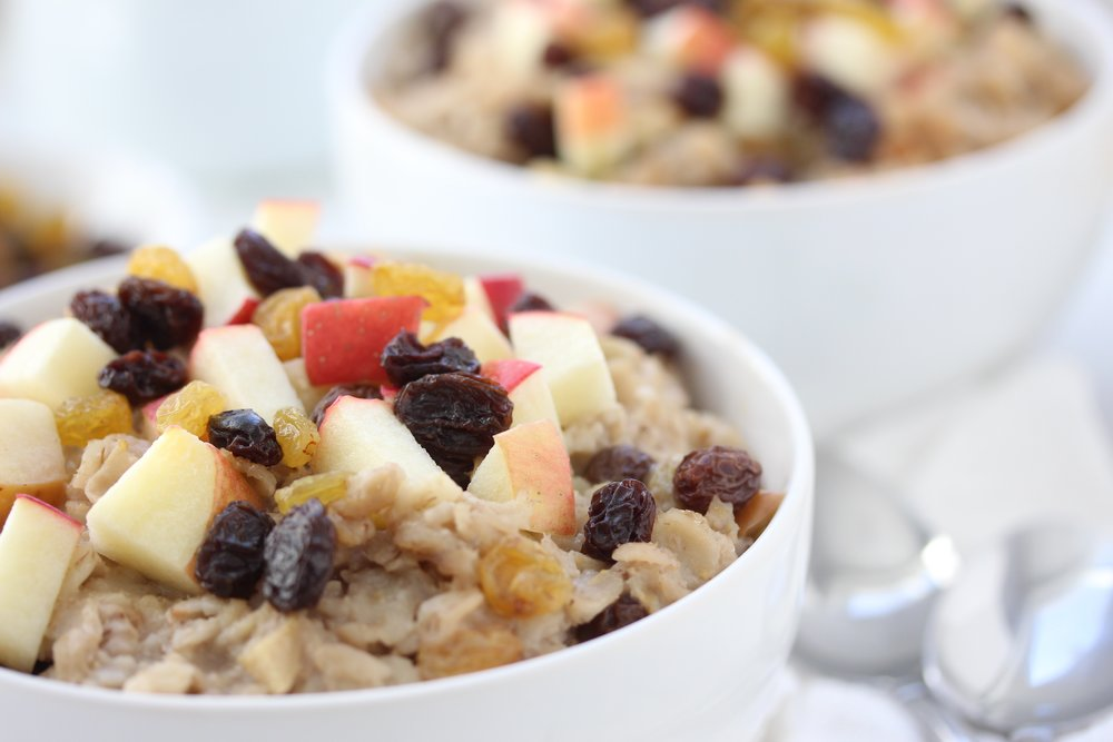 Make-Ahead Healthy Apple Raisin Oatmeal